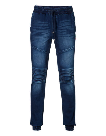 Denim trousers Controversia