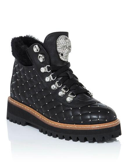 Boots Low Flat ellen