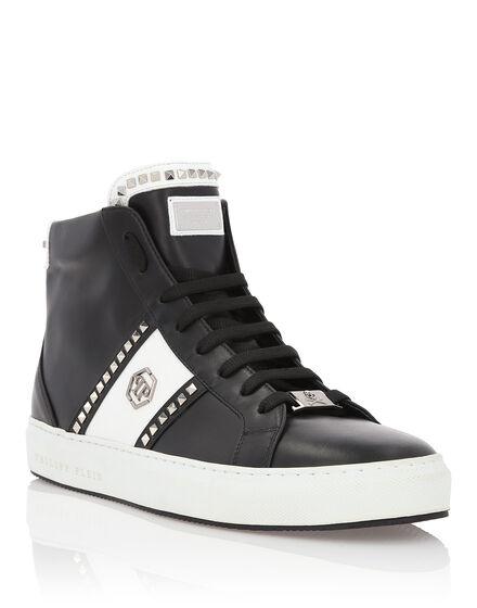 Hi-Top Sneakers Studs and logo