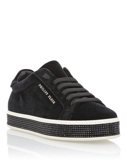 Lo-Top Sneakers Hotfix