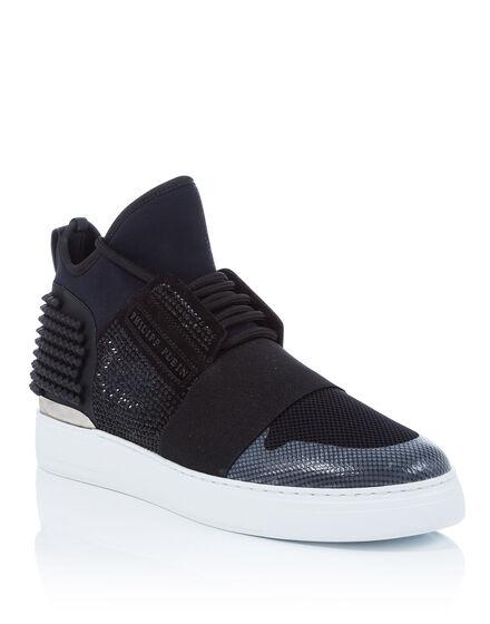 Hi-Top Sneakers I feel love