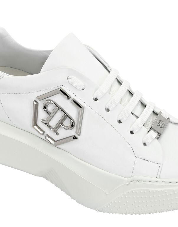 God$illa Sneakers