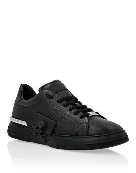 PHANTOM KICK$ Lo-Top Grained Leather