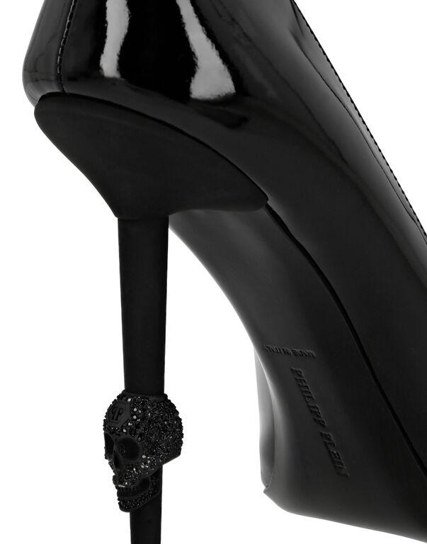 Patent Leather Decollete Hi-Heels Skull