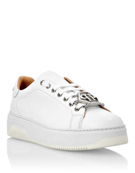 Leather Lo-Top Sneakers Hexagon