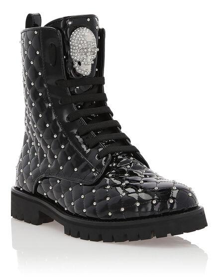 Boots Low Flat Moon