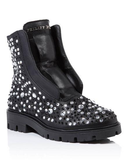 Boots Low Flat samy