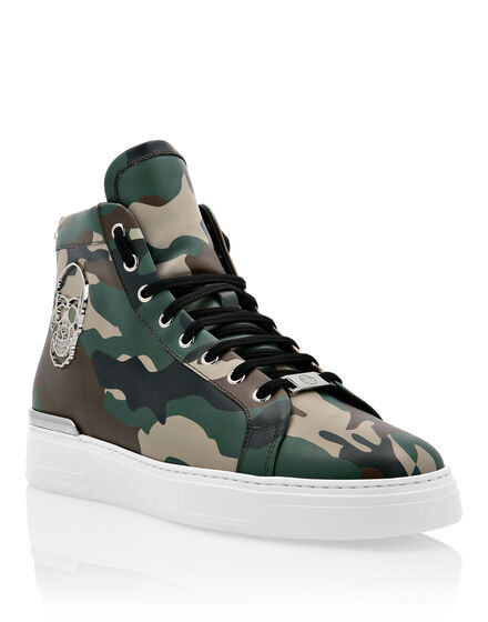 Hi-Top Sneakers Camou The $kull TM