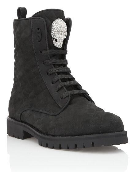 Boots Low Flat Still Me