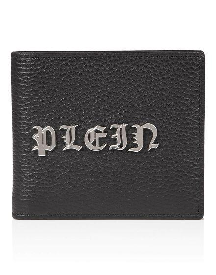 Pocket wallet Lying in the gutter