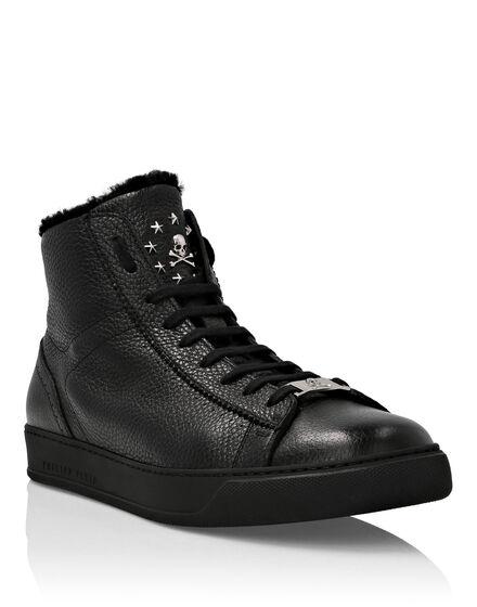Hi-Top Sneakers Stars and skull