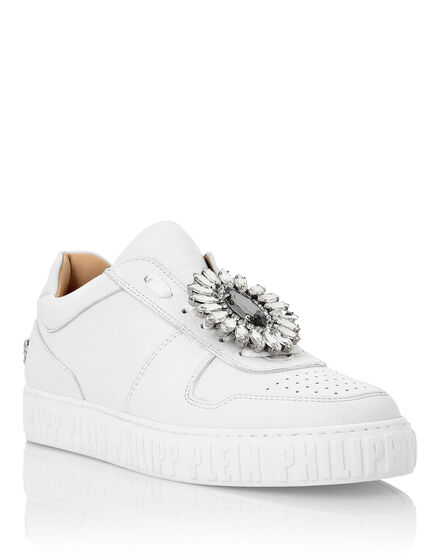 Leather Lo-Top Sneakers Brooches King Power